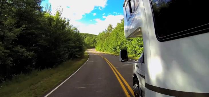Quelques bonnes raisons de choisir le voyage en camping-car durant les vacances en famille