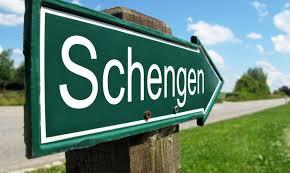Comment les résidents étrangers peuvent-ils se déplacer dans l'espace Schengen ?